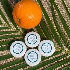 4 Eau d'orange verte hand soaps